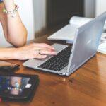 Programming contents: pros, limitations and tools